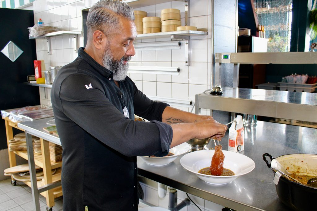 moluks_restaurant_havendorp_papeda_mooncake