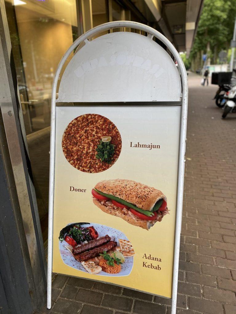Silk_Road_Kebab_House_oeigoers_Amsterdam__Mooncake.nl