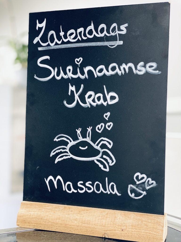 hier_eet_je_krab_in_masala_mooncake.nl